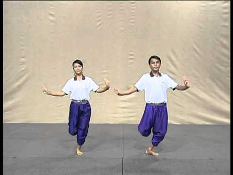 รำแม่บทเล็ก The Mae Bot Lek Dance
