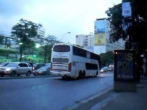 Peli Express: 012 saliendo de Caracas hacia Puerto La Cruz.