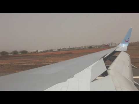 Thomson TUI flight TOM 424 landing at Boa Vista Airport, Cape Verde