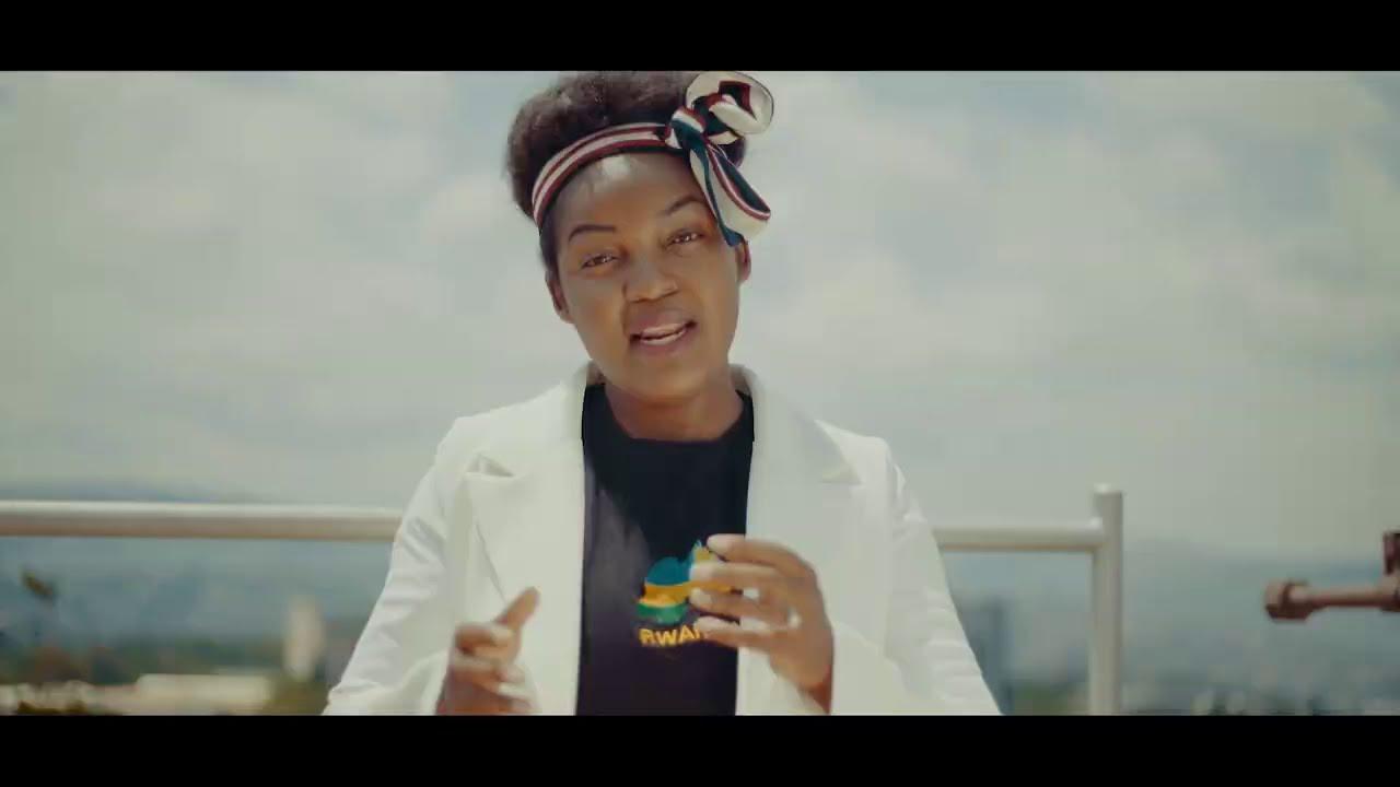Download Clarisse Karasira -  Mwabaye Intwari (Videwo)