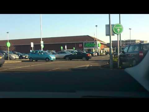 Shocking parking at Luton Asda