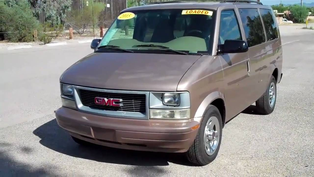 2005 GMC Safari Van SLE SN-17540 $7995