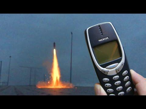 Nokia 3310 vs Rocket