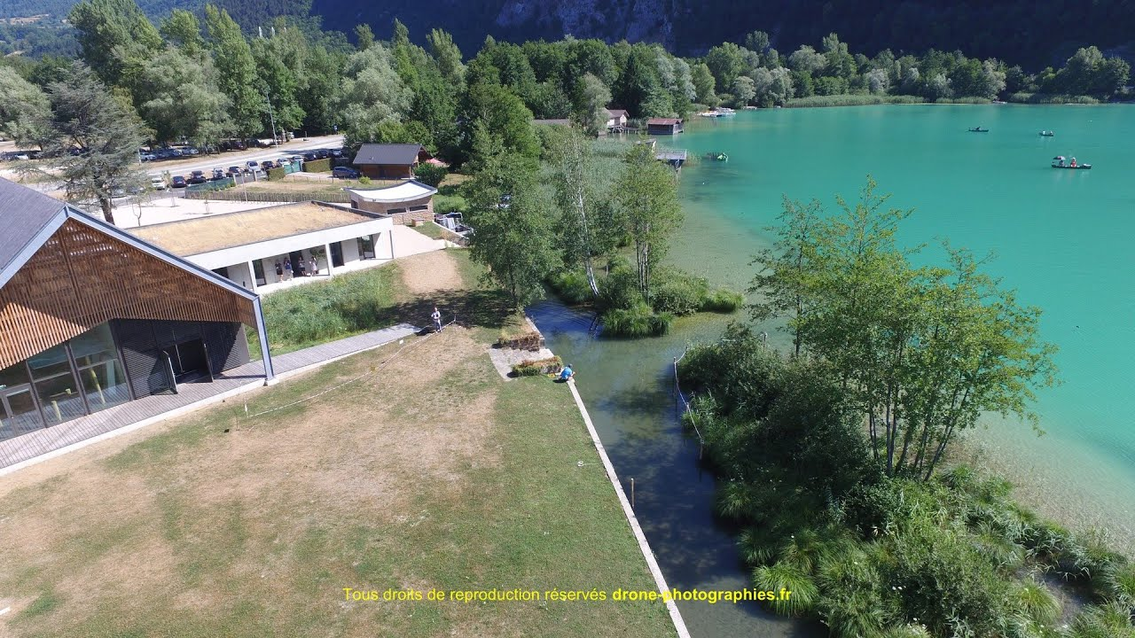 lac d 39 aiguebelette maison du lac par drone photographies. Black Bedroom Furniture Sets. Home Design Ideas