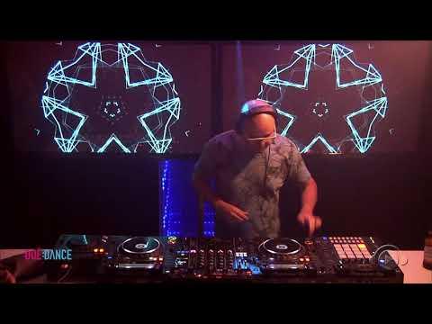 DEOPHONIK - GKD & FRIENDS  Different Showcase  DJ BAN EMC - :DOE:DANCE