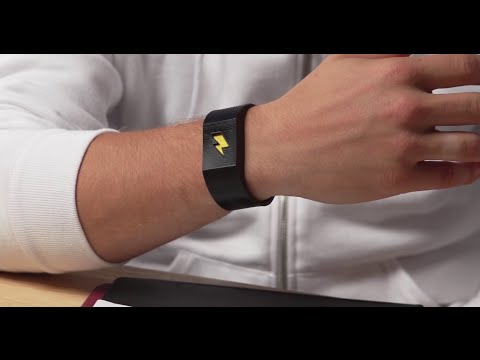 Craig Stevens - Armband that promises to help you kick bad habits
