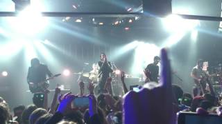 You Me At Six - No One Does It Better (live in Paradise Garage - Lisbon, Portugal)