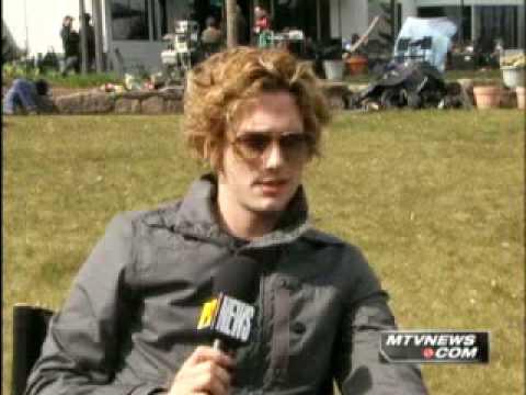 Jackson Rathbone Talks About His Hair XD