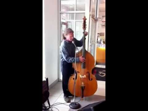 Live Music While You Shop at Kingston Nissan