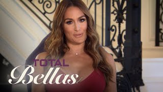 Nikki Bella Takes Daniel to WWE NXT Performance Center | Total Bellas | E!