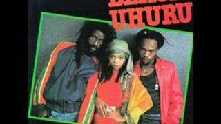 Download Black Uhuru - Guess whos coming to dinner Mp3 and Videos