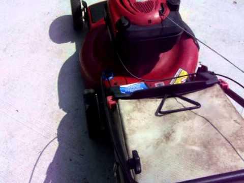 Toro Self Paced Rear Bagger Mulcher Lawn Mower Demo 31