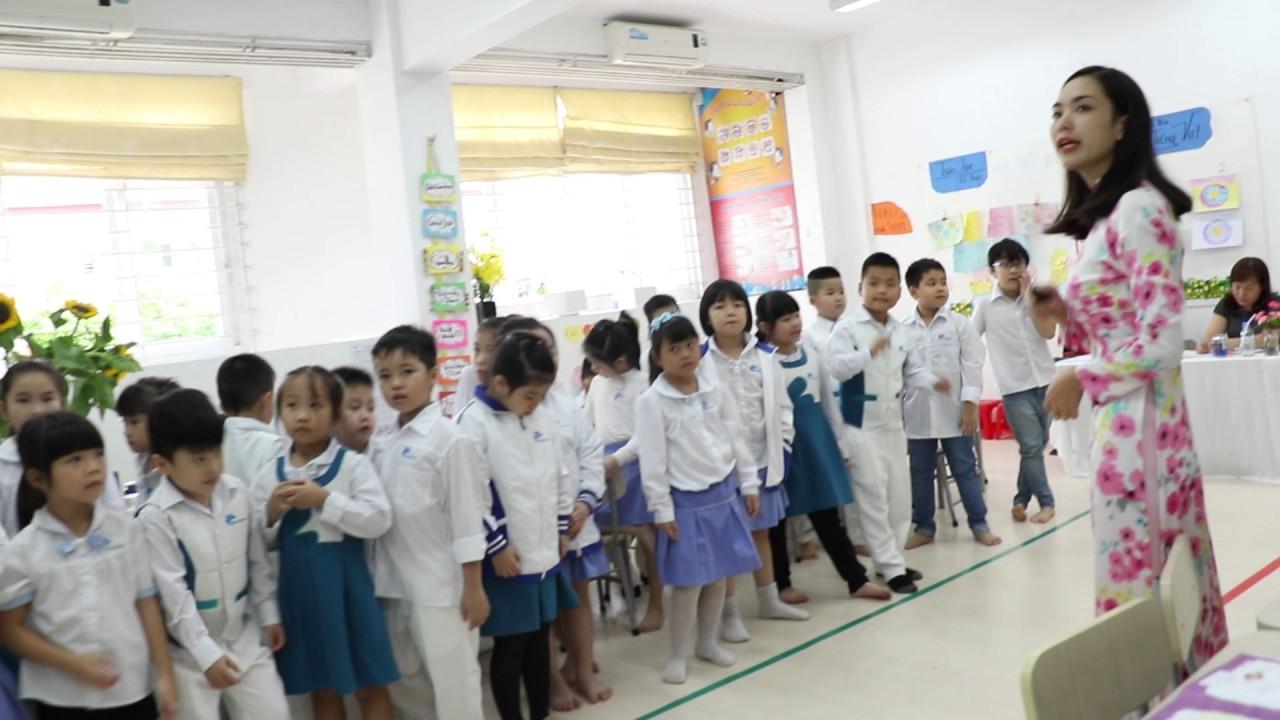 Một khoảnh khắc tiết dạy Tlim lớp 2A3 (Tiểu học Ban Mai) với sự sáng tạo của GVCN