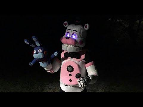 Funtime Freddy Cosplay