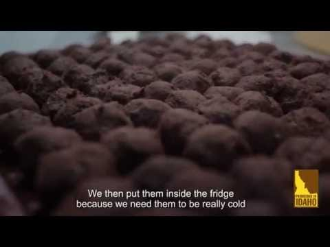 How to Make Potato Chocolate Truffles (Spanish - Espa�ol)