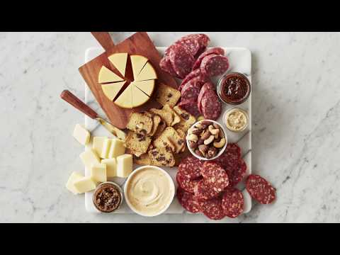 hickory-farms-|-charcuterie-essentials-gift-basket-:15