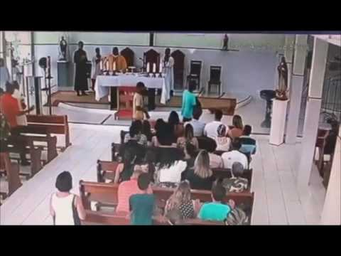 church robbed by a gang in brazil