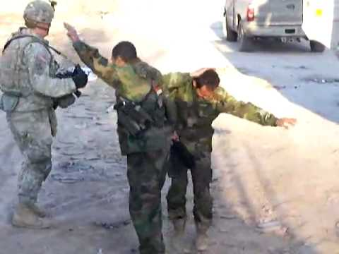 American Soldier dancing with Iraqi troops funny