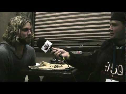 """95Q """"On The Road"""" with Casey James"""