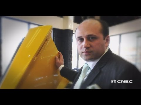 Jersey Car Stealer Dealer (Sneak Peak) | American Greed | CNBC Prime