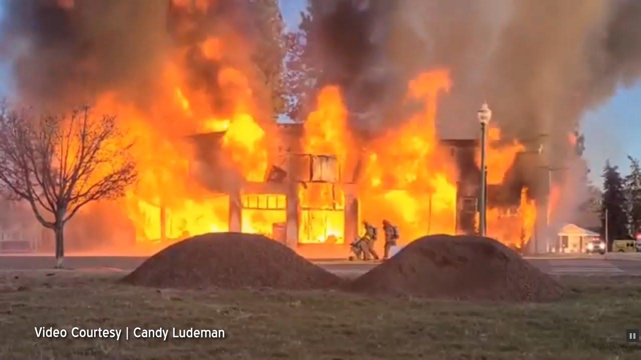 Kopeys Garage Fire Footage 2020-04-16