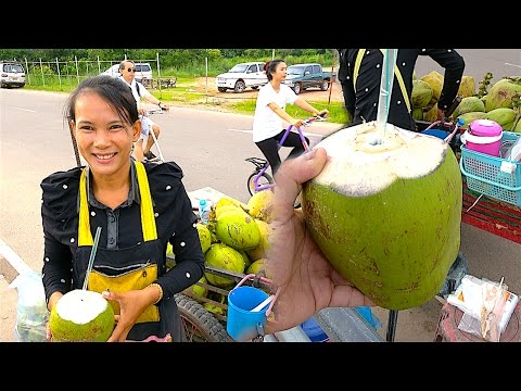 Laos Street Food - Fresh Coconut Water in Vientiane