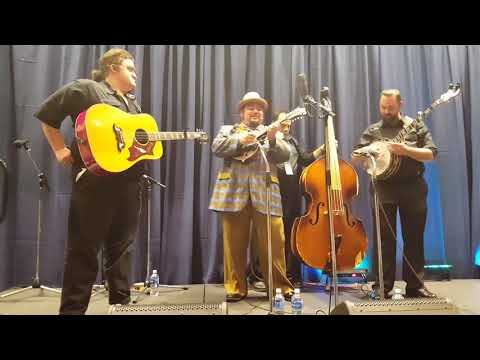 Travers Chandler & Avery County at IBMA Showcase 9/27/2017