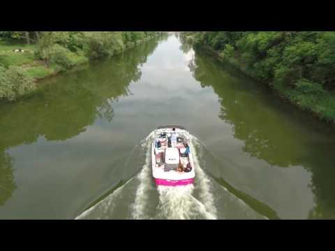 Pływanie Motorówką Po Odrze We Wrocławiu Nagrane Z Drona