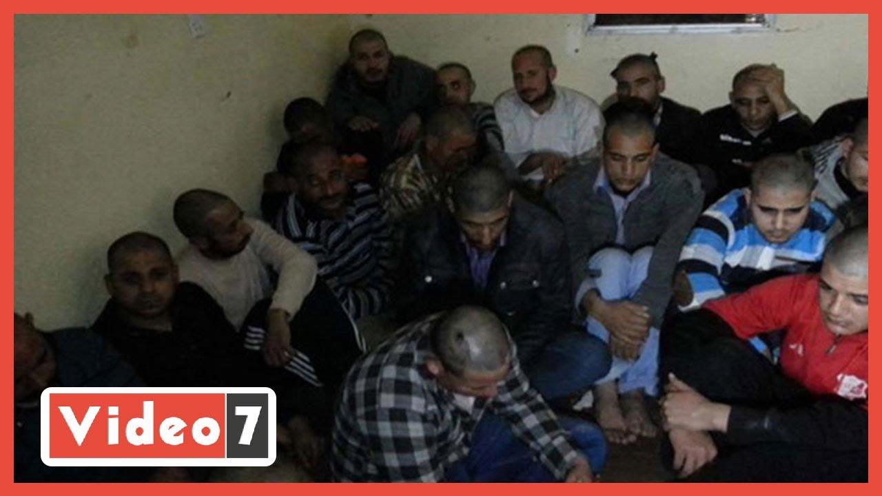 مصرى يروى تفاصيل الاحتجاز فى ليبيا تعذيب وتنكيل بجثث المهاجرين  - 14:59-2021 / 1 / 25