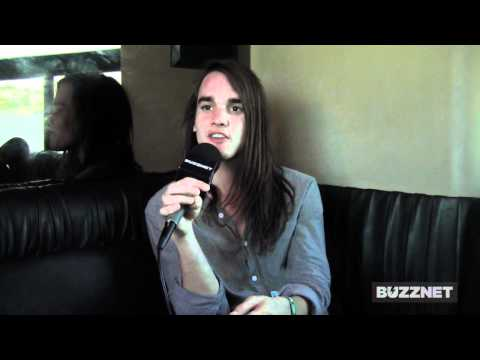 Buzznet Exclusive: Tour Bus Chats With The Maine