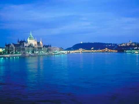 Wiener Sängerknaben:  Blue Danube