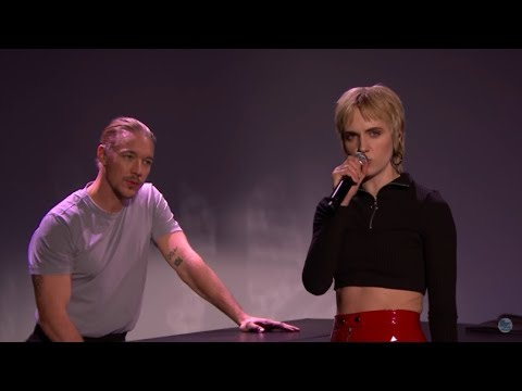 MØ and Diplo Coachella - Get It Right