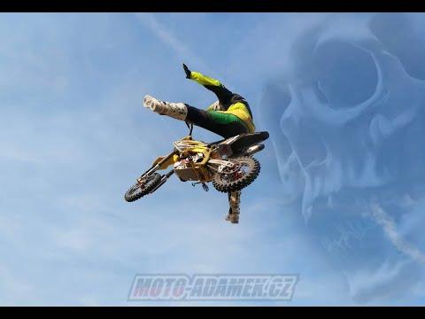 Moto-adamek pitbike FMX training
