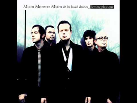 Miam Monster Miam & les loved drones  Le pseudonyme