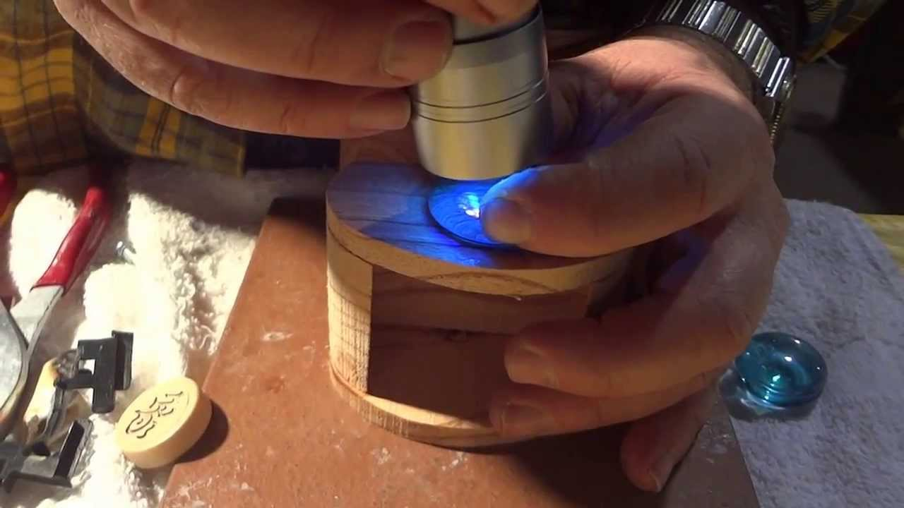 How To Bond Glass To Wood With Uv Light Glue German