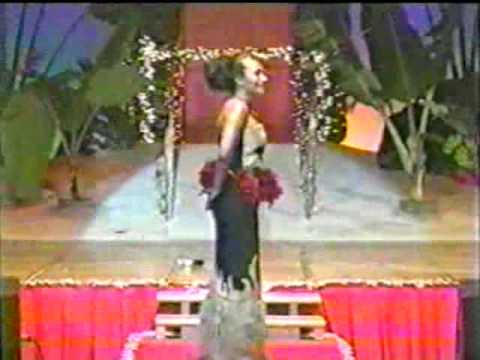 Miss South Pacific 2001-'Siva'
