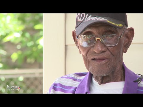 Richard Overton, oldest living veteran, turns 112