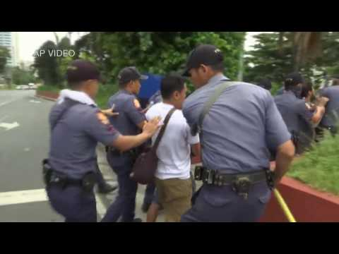 Duterte orders probe on violent US Embassy dispersal