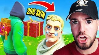 I give a child a skin and we win in Fortnite ? ..