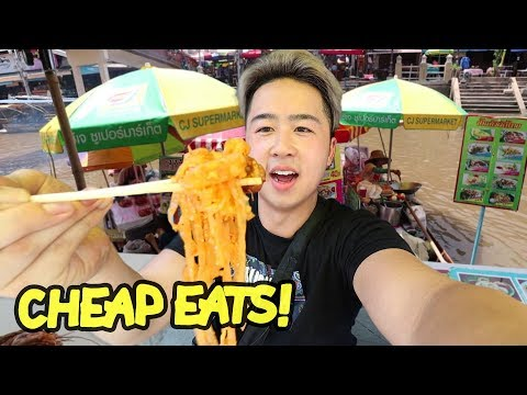 thai-floating-market-food-in-bangkok-|-amphawa
