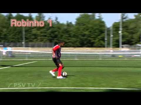 PSV beweging Robinho.wmv