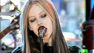 Video Avril Lavigne - Don't Tell Me Live on MTV TRL download MP3, 3GP, MP4, WEBM, AVI, FLV Juni 2018