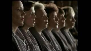 MOZART   Requiem  - LACRIMOSA -  Herbert von Karajan