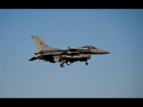 Amerykańskie F-16 w Łasku 13.03.2014 r.