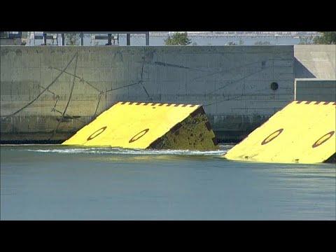 شاهد: البندقية تختبر -موس- لحماية المدينة من الفيضانات