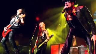 Velvet Revolver - Negative Creep  Live 2004