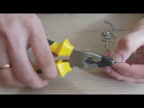 Как поменять пружинку в замке карабине на цепочке