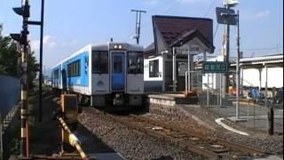 JR左沢線南寒河江駅を発車するキハ101形普通山形行き
