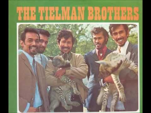The Tielman Brothers - Live He