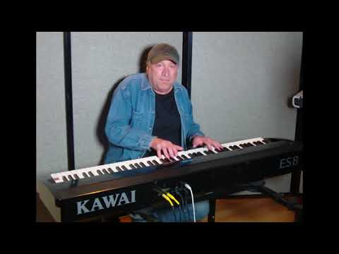 "Learn to play ""Free Falling"" (Tom Petty) on piano!"